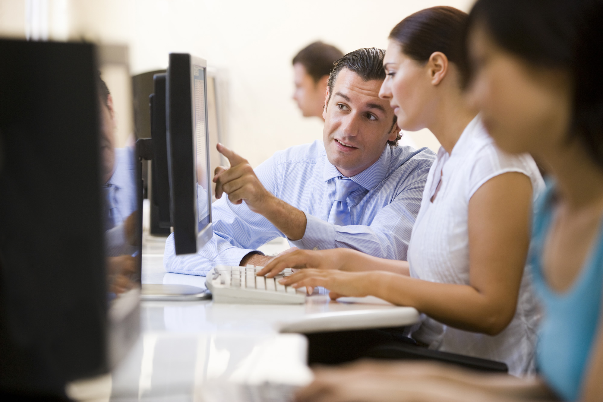 U1_metier_N1_informatique_A2_C_Monkey Business Images_Thinkstock_F_2000x1333.jpg